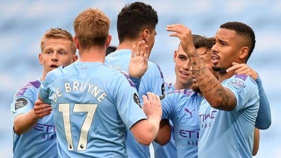 Premier League 2020-2021: Man City, Man United, Liverpool và Chelsea hình thành cuộc đua tứ mã ảnh 1