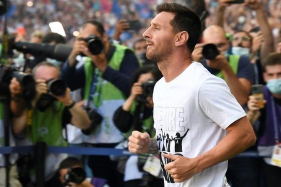 Áo đấu của Messi có thể sẽ là màn ra mắt lớn nhất trong lịch sử ảnh 1