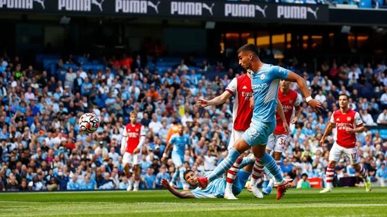 Man.City – Arsenal 5-0: Ferran Torres lập cú đúp, The Citizens vùi dập Pháo thủ ảnh 4