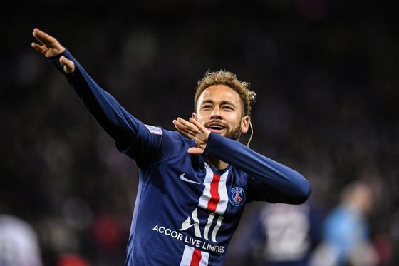 Neymar thực sự là cầu thủ đắt giá nhất trong lịch sử bóng đá thế giới