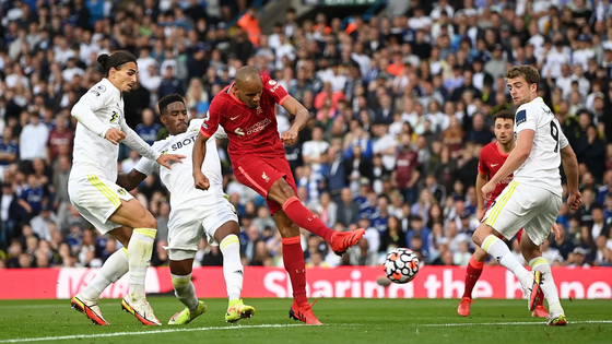 Salah ghi bàn thứ 100 Premier League khi Liverpool đè bẹp Leeds United ảnh 2
