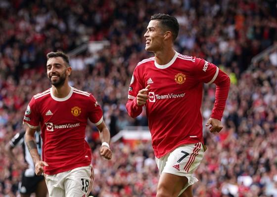 10 cột mốc quan trọng mà Cristiano Ronaldo đạt được khi trở lại Man United ảnh 1