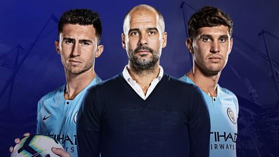 Pep Guardiola và cặp trung vệ Laporta - Stones