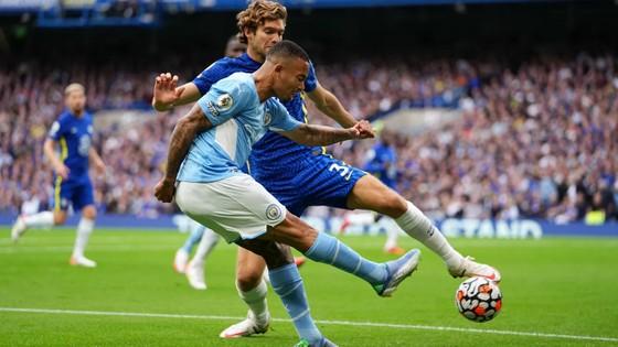 Gabriel Jesus mang vế chiến thắng cho Man City