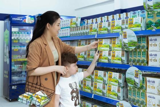 Vinamilk ra mắt sữa tươi Green Farm từ trang trại sinh thái ảnh 1