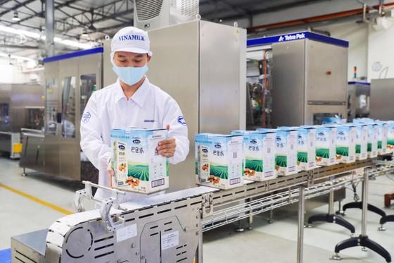 Vinamilk chạm mốc sản xuất hơn 28 triệu hộp sữa nước mỗi ngày  ảnh 1