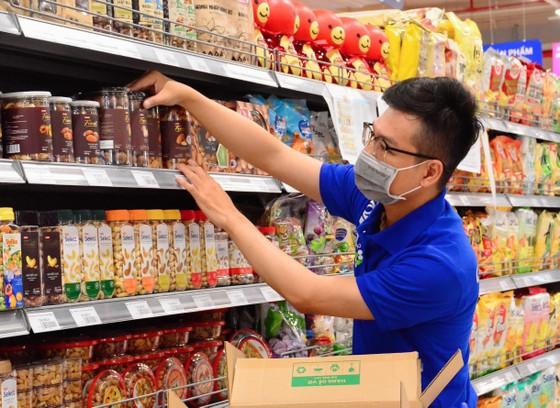 Saigon Co.op dốc toàn lực để hỗ trợ hàng hoá thiết yếu cho người dân ảnh 1