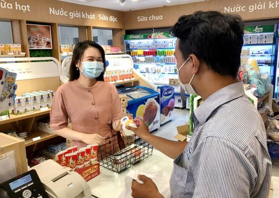 Nhiều khách hàng đã 'uống sữa Ông Thọ, trúng vàng' ảnh 2