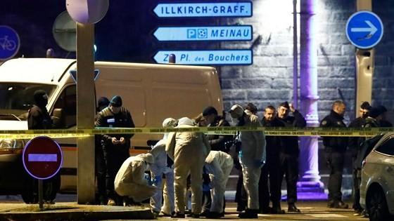 Kẻ tấn công chợ Giáng sinh Strasbourg bị bắn chết ảnh 1