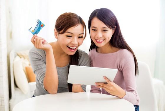 """FE CREDIT đạt giải """"Tổ chức phát hành thẻ hiệu quả nhất""""  ảnh 1"""