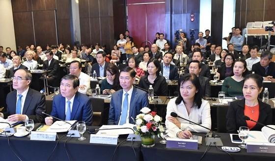 TPHCM vươn lên thành trung tâm tài chính khu vực và quốc tế ảnh 1
