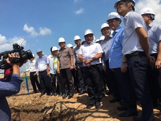 Phó Thủ tướng Vương Đình Huệ: Cao tốc Trung Lương- Mỹ Thuận đúng tiến độ là khả thi ảnh 1