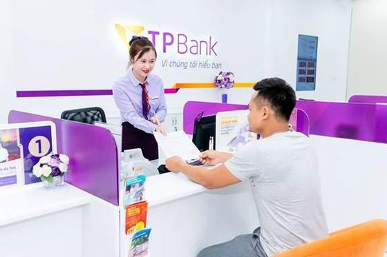 Enterprise Asia trao tặng giải thưởng kép cho ông Đỗ Minh Phú và TPBank ảnh 2