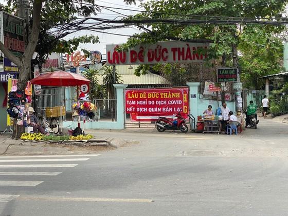 Những hình ảnh toàn dân phòng chống dịch tại Hà Nội và TPHCM ảnh 13