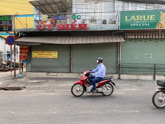 Những hình ảnh toàn dân phòng chống dịch tại Hà Nội và TPHCM ảnh 14
