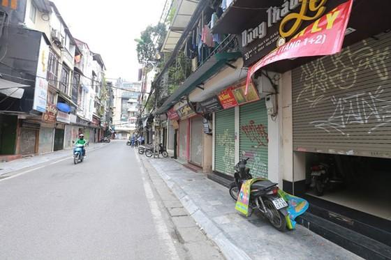 Những hình ảnh toàn dân phòng chống dịch tại Hà Nội và TPHCM ảnh 5
