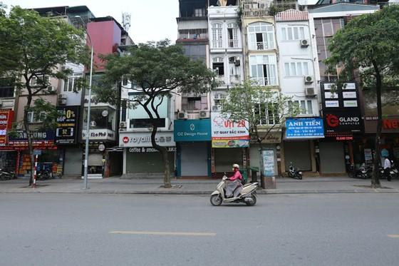 Những hình ảnh toàn dân phòng chống dịch tại Hà Nội và TPHCM ảnh 1