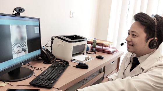 Vinmec triển khai dịch vụ chăm sóc sức khỏe từ xa trong mùa dịch Covid 19 ảnh 1