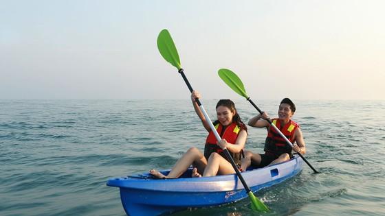 Khai trương dịch vụ thể thao dưới nước đầu tiên tại bãi biển Thuận An - Huế ảnh 4