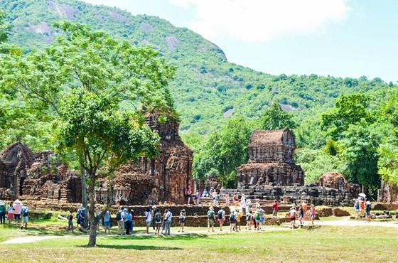 TPHCM- Hà Nội-miền Trung: Liên kết phục hồi ngành du lịch ảnh 1