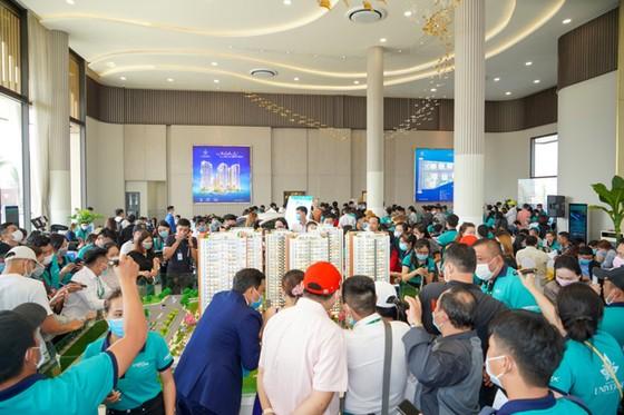Bien Hoa Universe Complex: 1.000 khách hàng chiêm ngưỡng căn hộ mẫu ảnh 2
