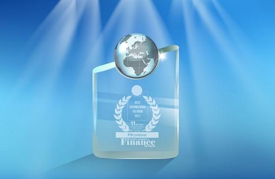 PVcomBank tiếp tục khẳng định vị thế trên thị trường bằng 3 giải thưởng quốc tế ảnh 1