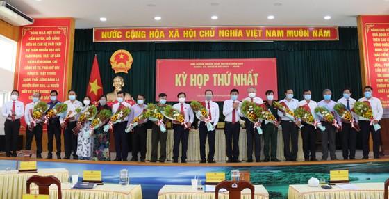 Đồng chí Lê Minh Dũng tái đắc cử chức Chủ tịch HĐND huyện Cần Giờ ảnh 2