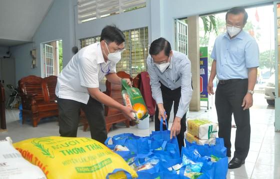 Phó Bí thư Thường trực Thành ủy TPHCM Phan Văn Mãi: Xây dựng cộng đồng an toàn và không Covid-19 ảnh 2