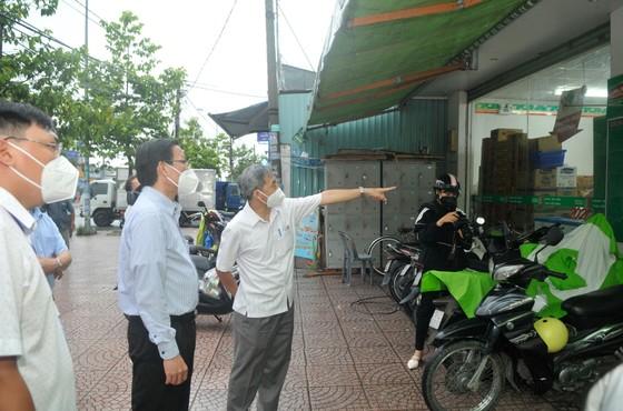 Phó Bí thư Thường trực Thành ủy TPHCM Phan Văn Mãi: Xây dựng cộng đồng an toàn và không Covid-19 ảnh 4