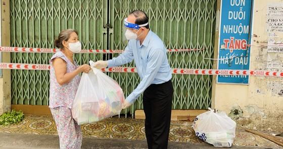 Phó Bí thư Thành ủy TPHCM Nguyễn Hồ Hải: Nhân rộng mô hình tự quản, chốt bảo vệ 'vùng xanh' ảnh 2