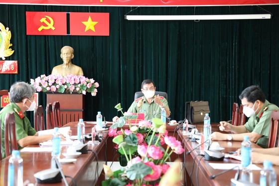 Giám đốc Công an TPHCM yêu cầu cán bộ chiến sĩ phải giữ vững 'vùng xanh' ảnh 2