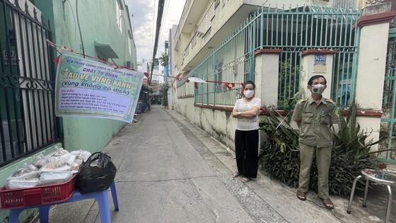 Phó Chủ tịch UBND TPHCM Ngô Minh Châu: TPHCM không để bà con thiếu ăn, thiếu mặc do dịch Covid-19 ảnh 5