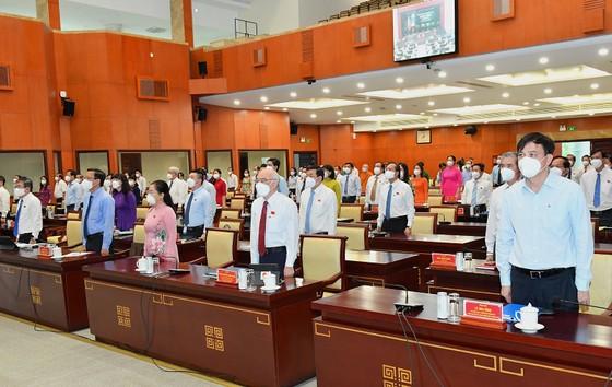 Bí thư Thành ủy TPHCM Nguyễn Văn Nên: Đại biểu HĐND TPHCM là những 'chiến sĩ' quan trọng trên mặt trận chống dịch ảnh 2