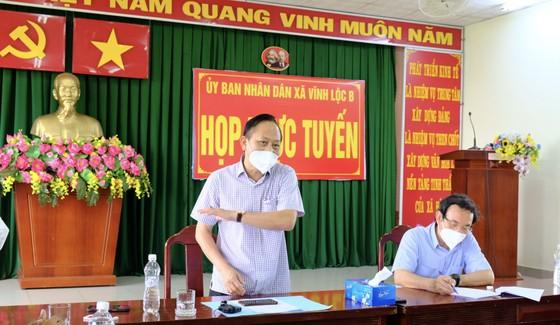 Bí thư Thành ủy TPHCM Nguyễn Văn Nên: Vận động các nguồn lực hỗ trợ người dân khó khăn ảnh 5