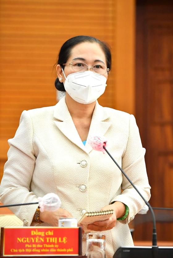 Bí thư Thành ủy TPHCM Nguyễn Văn Nên: Phải bám cơ sở, bám địa bàn, bám pháo đài để chống dịch ảnh 4