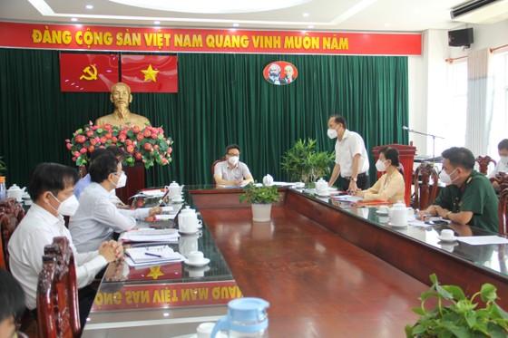 Phó Thủ tướng Vũ Đức Đam yêu cầu huyện Bình Chánh tập trung chăm sóc, điều trị F0 ảnh 2