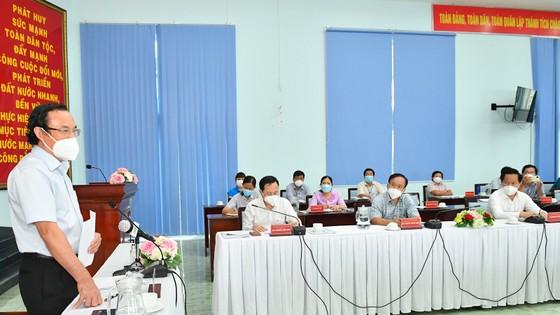 Bí thư Thành ủy TPHCM: Lên các kịch bản phù hợp để TP Thủ Đức sớm trở lại giai đoạn 'bình thường mới' ảnh 1
