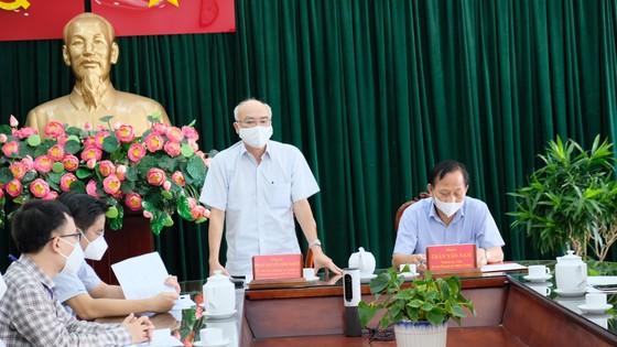Huyện Bình Chánh chăm lo ăn học cho 141 trẻ em mồ côi đến 18 tuổi ảnh 4