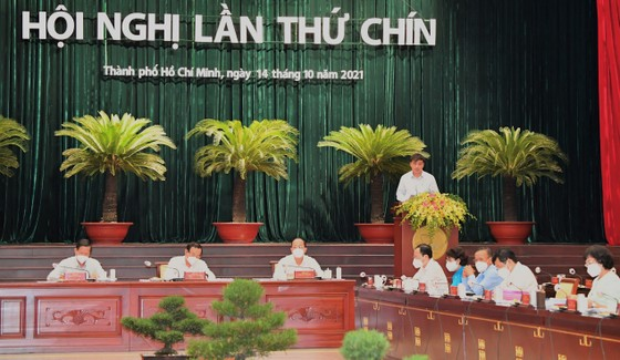 Phó Chủ tịch UBND TPHCM Lê Hòa Bình: Tình hình kinh tế TPHCM dần được cải thiện ảnh 3
