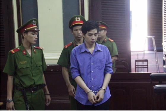 Lãnh án tù chung thân vì giết bạn tình đồng tính ảnh 1