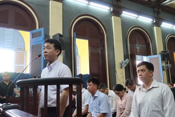 Xét xử phúc thẩm vụ VN Pharma: Bắt tạm giam 2 bị cáo Nguyễn Minh Hùng và Võ Mạnh Cường ảnh 1