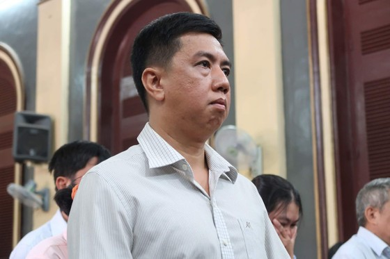Xét xử phúc thẩm vụ VN Pharma: Bắt tạm giam 2 bị cáo Nguyễn Minh Hùng và Võ Mạnh Cường ảnh 2