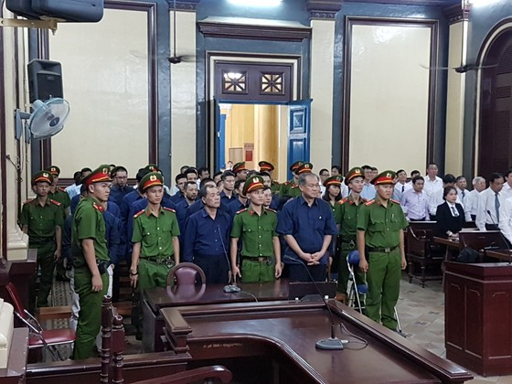 Các bị cáo Phạm Công Danh, Trầm Bê lại chuẩn bị ra tòa ảnh 2