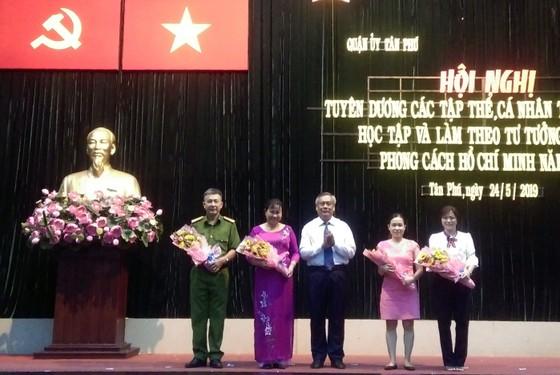 Quận Tân Phú tuyên dương gương làm theo Bác ảnh 1