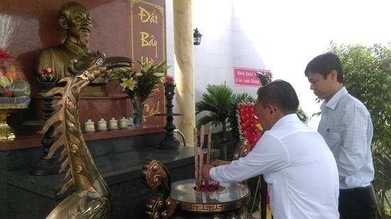Trưởng Ban Dân vận Thành ủy TPHCM thăm các gia đình chính sách ảnh 5