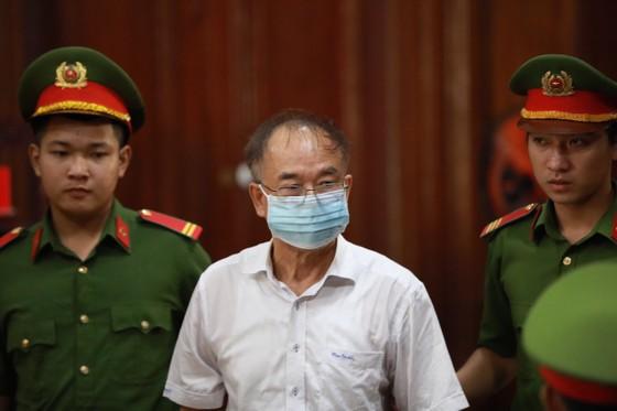 Nói lời cuối cùng, bị cáo Nguyễn Thành Tài xin lỗi người dân TPHCM ảnh 1