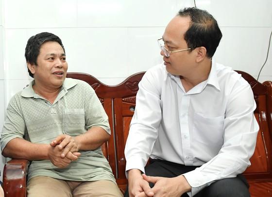 Đồng chí Nguyễn Hồ Hải thăm, chúc Tết nhiều đơn vị, cá nhân ảnh 5