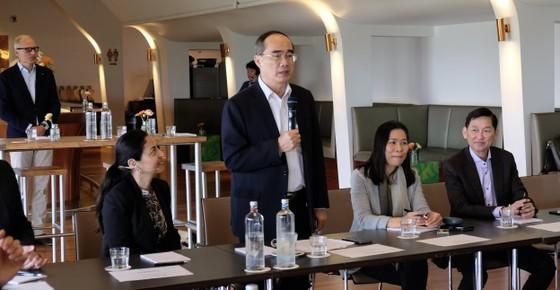 Bí thư Thành ủy TPHCM Nguyễn Thiện Nhân mong muốn tìm cách phát triển TPHCM nhanh, bền vững ảnh 2