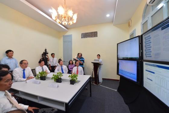 Bí thư Thành ủy TPHCM Nguyễn Thiện Nhân: Xây dựng đô thị thông minh để 'đoàn tàu TPHCM' tăng tốc ảnh 3