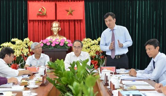 Bí thư Thành ủy TPHCM Nguyễn Thiện Nhân: Lấy ý kiến của người dân đánh giá về kết quả chống ngập ảnh 4
